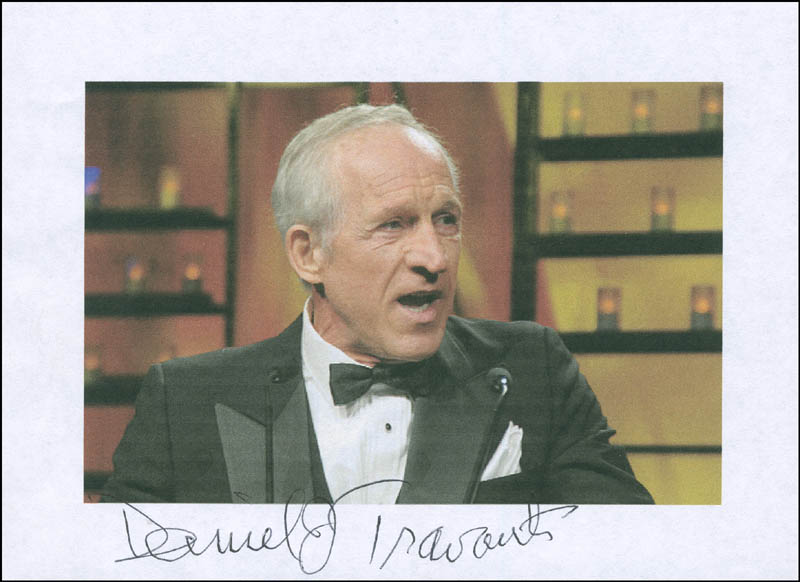 Image 1 for Daniel J. Travanti - Printed Photograph Signed In Ink - HFSID 295096