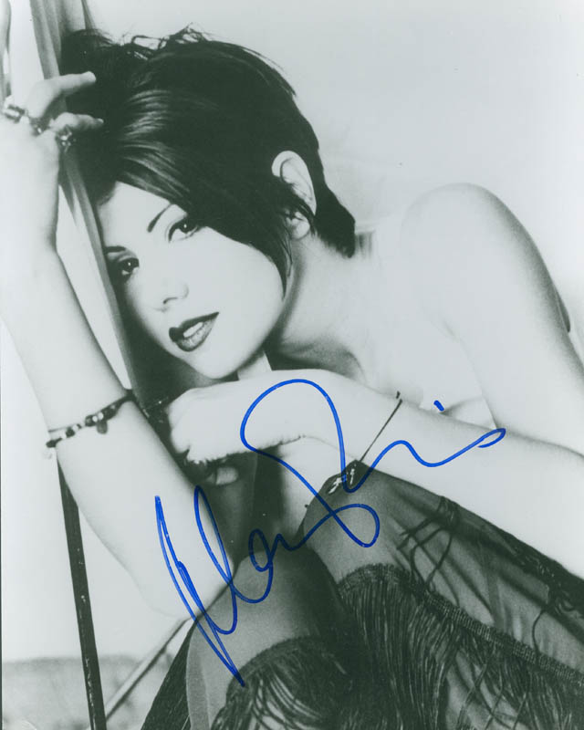 Image 1 for Marisa Tomei - Autographed Signed Photograph - HFSID 297838