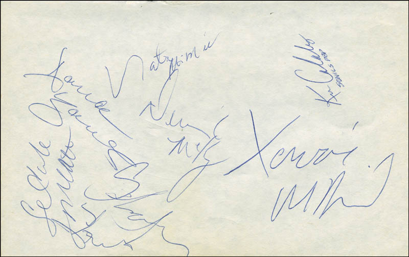 Image 6 for The Los Angeles Lakers - Autograph with co-signers - HFSID 299227