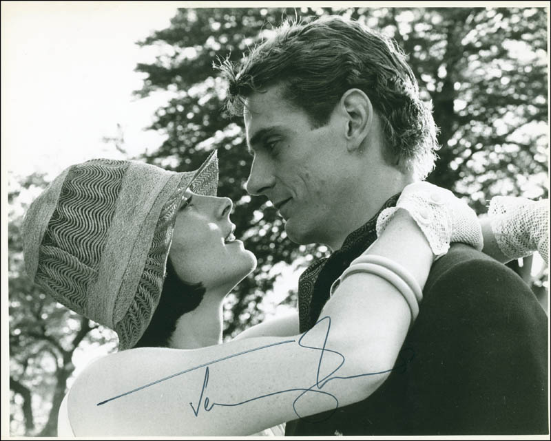 Image 1 for Jeremy Irons - Autographed Signed Photograph - HFSID 301539