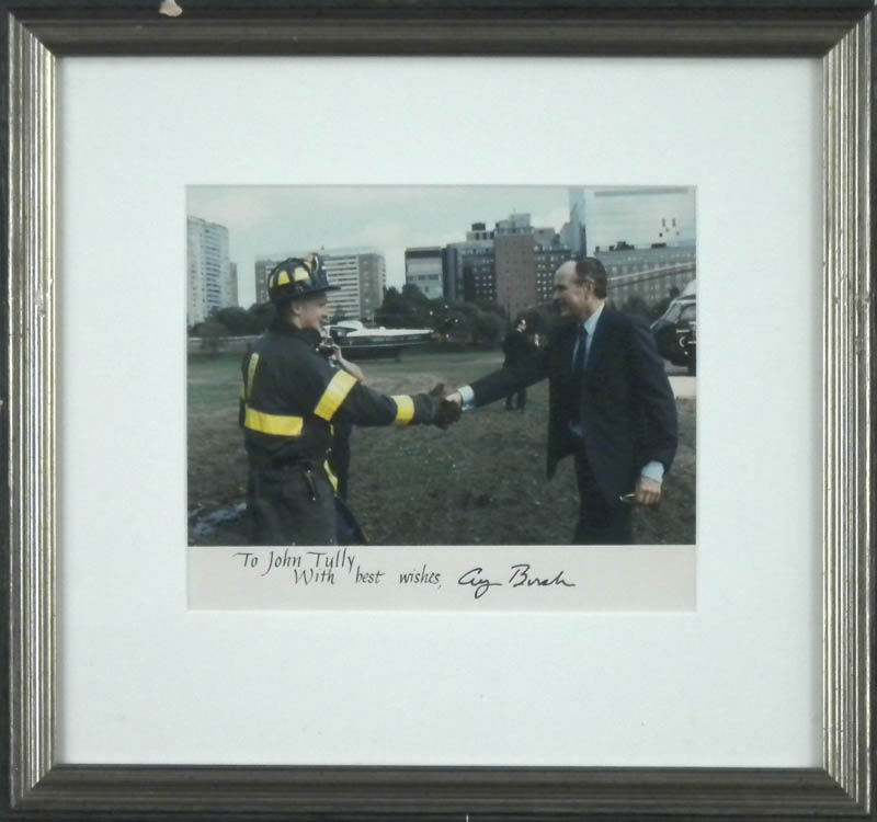 Image 2 for President George H.W. Bush - Autographed Inscribed Photograph - HFSID 304904