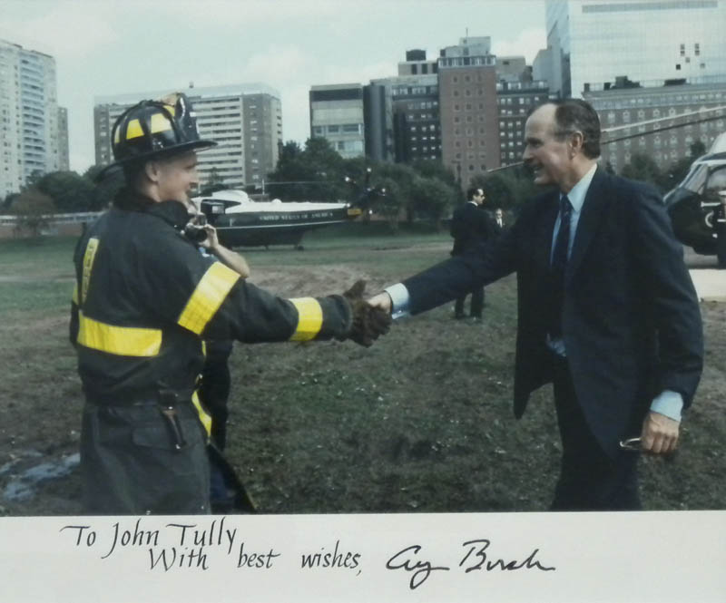 Image 3 for President George H.W. Bush - Autographed Inscribed Photograph - HFSID 304904