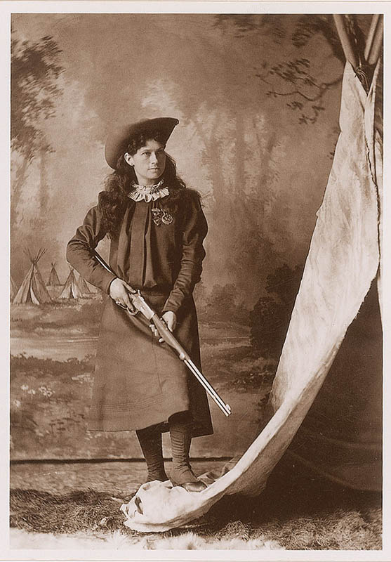Image 3 for Annie 'Little Sure Shot' Oakley - Autographed Signed Photograph 06/19/1919 - HFSID 314412