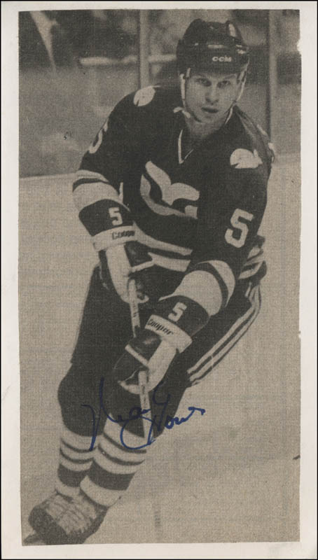 Image 1 for Mark Howe - Newspaper Photograph Signed - HFSID 316635
