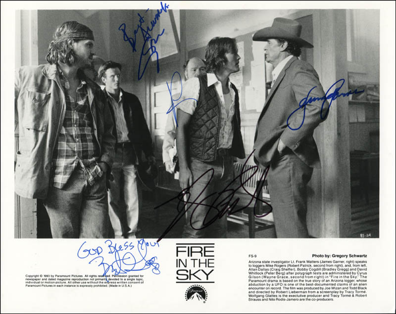 Image 1 for Fire In The Sky Movie Cast - Autographed Signed Photograph with co-signers - HFSID 319902