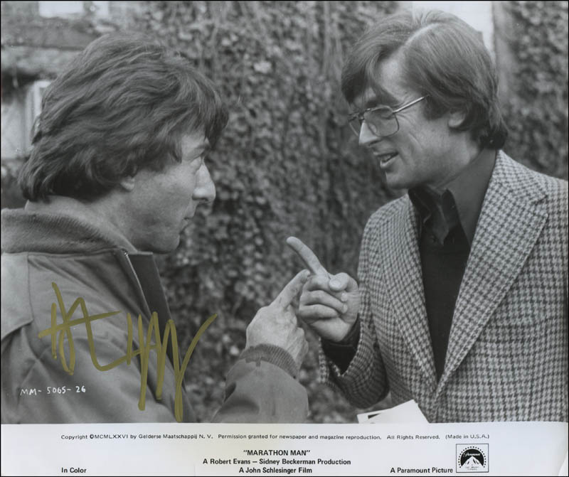 Image 1 for Dustin Hoffman - Printed Photograph Signed In Ink - HFSID 322518