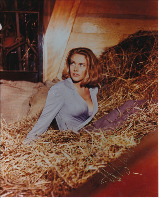 Image 1 for Honor Blackman - Autographed Signed Photograph - HFSID 342128