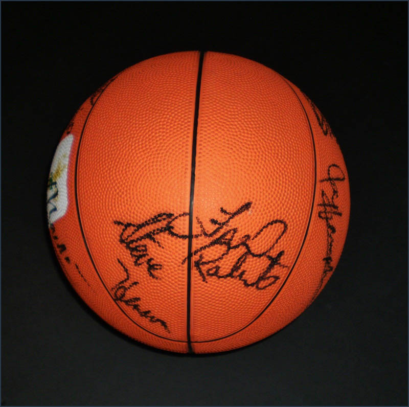 Image 3 for Milwaukee Bucks - Basketball Signed Circa 1991 with co-signers - HFSID 345681