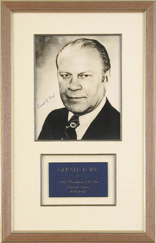 Image 1 for President Gerald R. Ford - Autographed Signed Photograph - HFSID 48112