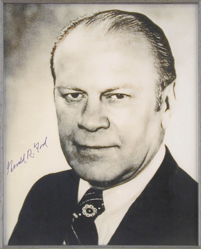 Image 3 for President Gerald R. Ford - Autographed Signed Photograph - HFSID 48112