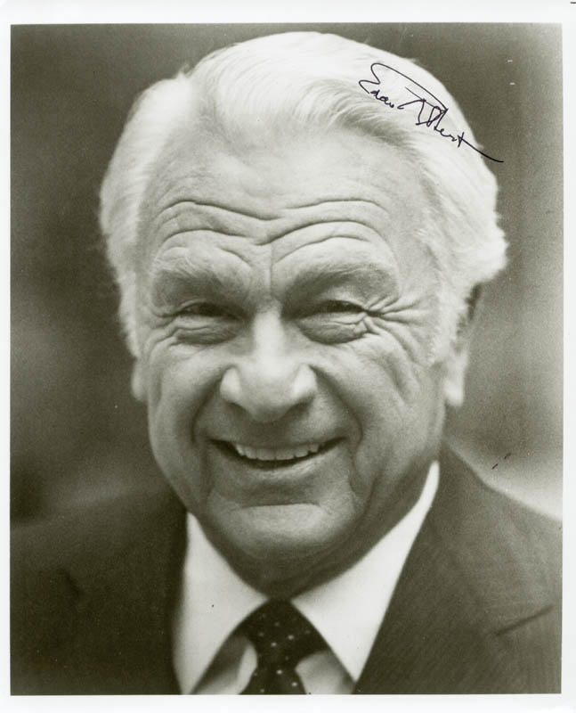 Image 1 for Eddie Albert - Autographed Signed Photograph - HFSID 53782