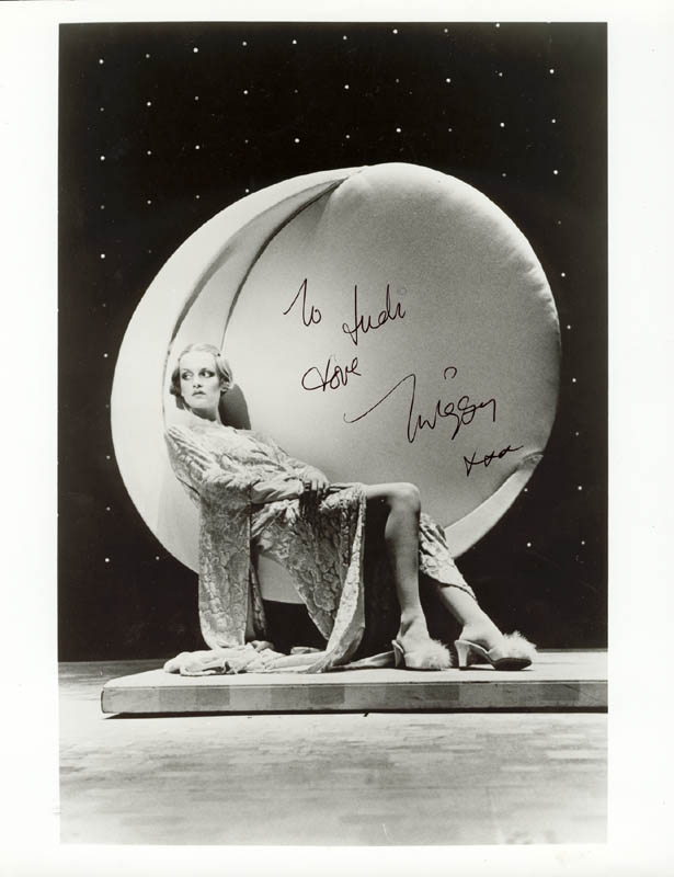 Image 1 for Twiggy - Autographed Inscribed Photograph - HFSID 78404