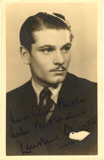 LAURENCE OLIVIER - INSCRIBED PICTURE POSTCARD SIGNED