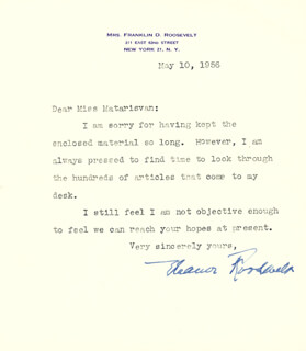 Autographs: FIRST LADY ELEANOR ROOSEVELT - TYPED LETTER SIGNED 05/10/1956
