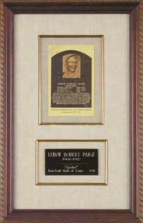 Autographs: SATCHEL PAIGE - BASEBALL HALL OF FAME PLAQUE POSTCARD SIGNED