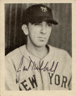 CARL HUBBELL - TRADING/SPORTS CARD SIGNED
