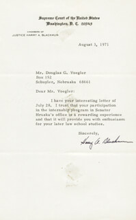 Autographs: ASSOCIATE JUSTICE HARRY A. BLACKMUN - TYPED LETTER SIGNED 08/03/1971