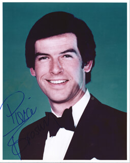 PIERCE BROSNAN - AUTOGRAPHED SIGNED PHOTOGRAPH