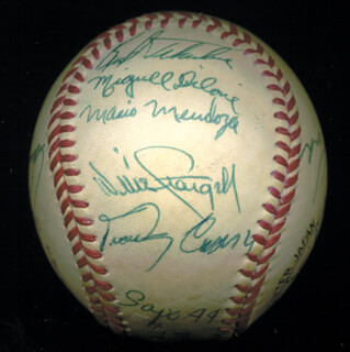 THE PITTSBURGH PIRATES - AUTOGRAPHED SIGNED BASEBALL CIRCA 1975 CO-SIGNED BY: DAVE THE COBRA PARKER, MARIO MENDOZA, MIGUEL DILONE, DOCK ELLIS, BOB MOOSE, AL MR. SCOOP OLIVER, BOB ROBERTSON, RENNIE STENNETT, WILLIE STARGELL