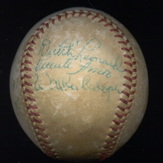 DUTCH EMIL LEONARD - AUTOGRAPHED SIGNED BASEBALL CO-SIGNED BY: WALKER WALK COOPER, VICENTE AMOR