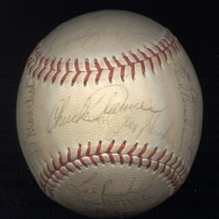 THE CHICAGO WHITE SOX - AUTOGRAPHED SIGNED BASEBALL CIRCA 1970 CO-SIGNED BY: TERRY FORSTER, TOMMY JOHN, CHUCK (CHARLES WILLIAM) TANNER, JOE LONNETT, AL MONCHAK, RICH HINTON, BILL MELTON, TOM BRADLEY, MIKE HERSHBERGER, WILBUR WOOD, PAT KELLY, RICH McKINNEY, DON EDDY