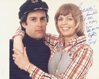 CAPTAIN & TENNILLE - AUTOGRAPHED SIGNED PHOTOGRAPH 02/1990 CO-SIGNED BY: CAPTAIN & TENNILLE (DARYL DRAGON), CAPTAIN & TENNILLE (TONI TENNILLE)