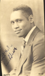 PAUL L. ROBESON - AUTOGRAPHED SIGNED PHOTOGRAPH 1928