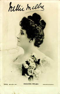 Autographs: DAME NELLIE MELBA - PICTURE POST CARD SIGNED
