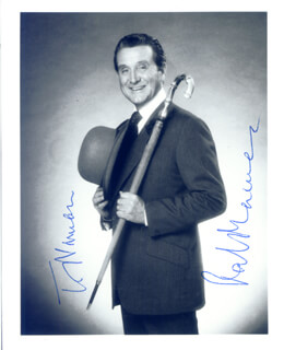 PATRICK MACNEE - AUTOGRAPHED INSCRIBED PHOTOGRAPH