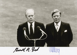 PRESIDENT GERALD R. FORD - AUTOGRAPHED SIGNED PHOTOGRAPH CO-SIGNED BY: CHANCELLOR HELMUT SCHMIDT (WEST GERMANY)