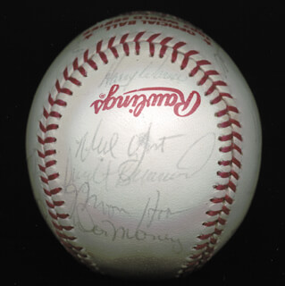 MILWAUKEE BREWERS - AUTOGRAPHED SIGNED BASEBALL CIRCA 1982 CO-SIGNED BY: LARRY HISLE, HARVEY KUENN, DON MONEY, CHARLIE MOORE, BEN OGLIVIE, NED YOST, DWIGHT BERNARD, MOOSE HAAS, ROB PICCIOLO, MIKE IRON MIKE CALDWELL, PETE VUCKOVICH, PAUL MOLITOR, MARK BROUHARD, GORMAN STORMIN' GORMAN THOMAS, RON HANSEN, ROY HOWELL, JERRY AUGUSTINE