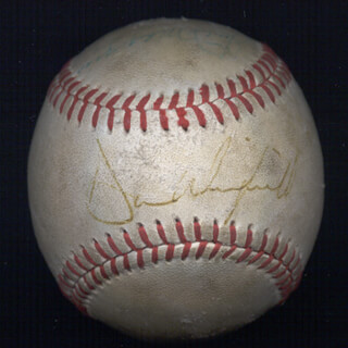 Autographs: JOE DIMAGGIO - BASEBALL SIGNED CO-SIGNED BY: DAVE WINFIELD, RICK CERONE