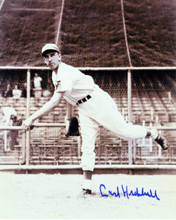 CARL HUBBELL - AUTOGRAPHED SIGNED PHOTOGRAPH  - HFSID 102162