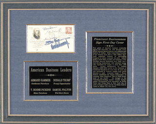 SAMUEL M. WALTON - FIRST DAY COVER SIGNED CO-SIGNED BY: THOMAS BOONE PICKENS JR., DONALD J. TRUMP, ARMAND HAMMER