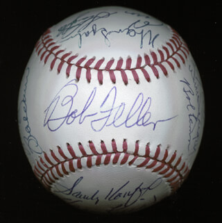 Autographs: DUKE SNIDER - BASEBALL SIGNED CO-SIGNED BY: BILLY WILLIAMS, HARMON KILLEBREW, ERNIE MR. CUB BANKS, BOB FELLER, JOHNNY MIZE, LOU BOUDREAU, LOU BROCK, FRANK ROBINSON, BOB LEMON, ENOS SLAUGHTER, WARREN SPAHN, BOBBY DOERR, WILLIE STARGELL, SANDY KOUFAX, AL MR. TIGER KALINE, ROBIN ROBERTS