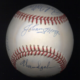 WARREN SPAHN - AUTOGRAPHED SIGNED BASEBALL CO-SIGNED BY: BOB GIBSON, ERNIE MR. CUB BANKS, BOB FELLER, JOHNNY MIZE, LOU BOUDREAU, BOB LEMON, BOBBY DOERR, WILLIE STARGELL, SANDY KOUFAX, AL MR. TIGER KALINE, DUKE SNIDER