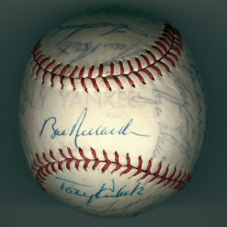 Autographs: THE NEW YORK YANKEES - BASEBALL SIGNED CIRCA 1964 CO-SIGNED BY: YOGI BERRA, STAN BIG DADDY WILLIAMS, MEL STOTTLEMYRE, CLETE BOYER, HECTOR LOPEZ, JOHNNY BLANCHARD, JOE PEPI PEPITONE, AL LITTLE AL DOWNING, BILL STAFFORD, RON DAVIS, PETE MIKKELSEN, BOBBY RICHARDSON, ROLLIE SHELDON, PEDRO GONZALES, STEVE HAMBONE HAMILTON, ARCHIE F. MOORE, WHITEY FORD, TONY KUBEK, TOM TRESH, MICKEY MANTLE, ROGER MARIS, HAL RENIFF, JIM BOUTON, MIKE HEGAN, ELSTON ELLIE HOWARD