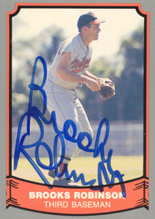 BROOKS ROBINSON - TRADING/SPORTS CARD SIGNED