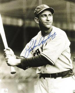Autographs: LUKE APPLING - PHOTOGRAPH SIGNED