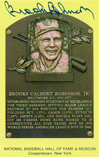 BROOKS ROBINSON - BASEBALL HALL OF FAME PLAQUE POSTCARD SIGNED