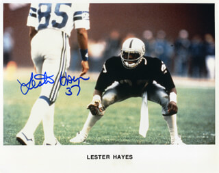 LESTER THE JUDGE HAYES - AUTOGRAPHED SIGNED PHOTOGRAPH