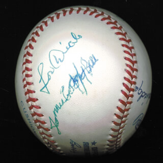 Autographs: JAMES COOL PAPA BELL - BASEBALL SIGNED CO-SIGNED BY: RAY DANDRIDGE, LOU DIALS, JUDY JOHNSON, BUCK LEONARD