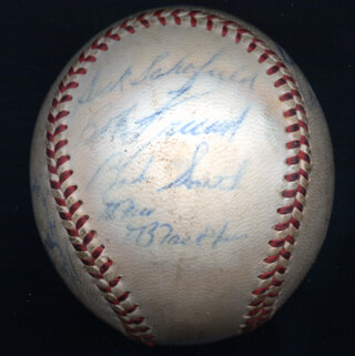 THE PITTSBURGH PIRATES - AUTOGRAPHED SIGNED BASEBALL CIRCA 1959 CO-SIGNED BY: DICK DUCKY SCHOFIELD SR., BOB SKINNER, DON WILLIAMS, BOB PORTERFIELD, DON GROSS, BOB GILCHRIST SMITH (BASEBALL), BILL HALL, DANNY DUSTY KRAVITZ, BILL VIRDON, RON BLACKBURN, BOB WARRIOR FRIEND, VERN DEACON LAW, CURT RAYDON