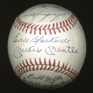 THE NEW YORK YANKEES - AUTOGRAPHED SIGNED BASEBALL CIRCA 1953 CO-SIGNED BY: YOGI BERRA, ALLIE REYNOLDS, JOHNNY SAIN, EWELL BLACKWELL, BOB KUZAVA, DON BOLLWEG, WHITEY FORD, JOHNNY MIZE, GIL McDOUGALD, PHIL RIZZUTO, EDDIE LOPAT, MICKEY MANTLE, GENE WOODLING, BILLY MARTIN, HANK BAUER