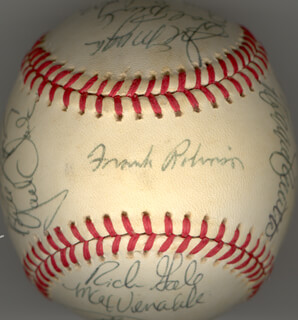 THE SAN FRANCISCO GIANTS - AUTOGRAPHED SIGNED BASEBALL CIRCA 1982 CO-SIGNED BY: BILL LASKEY, BOB BRENLY, DON BUFORD, REGGIE SMITH, TOM O'MALLEY, JOE LITTLE JOE MORGAN, RICH GALE, MAX (WILLIAM MC KINLEY) VENABLE, GREG MOON MAN MINTON, JACK THE RIPPER CLARK, ATLEE HAMMAKER, GUY SULARZ, JOHNNIE LEMASTER, ALAN FOWLKES, FRED BREINING, JIM WOHLFORD, DUANE KUIPER, DON McMAHON, FRANK ROBINSON, CHAMP (JOHN JUNIOR II) SUMMERS