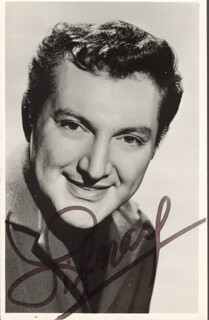 LIBERACE - AUTOGRAPHED SIGNED PHOTOGRAPH CIRCA 1960