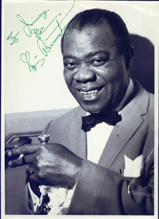 Autographs: LOUIS SATCHMO ARMSTRONG - INSCRIBED PHOTOGRAPH SIGNED CIRCA 1963