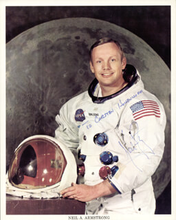 NEIL ARMSTRONG - INSCRIBED PRINTED PHOTOGRAPH SIGNED IN INK - HFSID 140096
