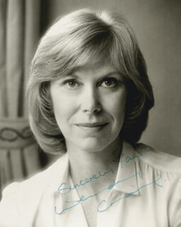 WENDY CRAIG - AUTOGRAPHED SIGNED PHOTOGRAPH