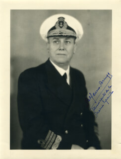Autographs: ADMIRAL ALFONSO ARAUJO - PHOTOGRAPH SIGNED